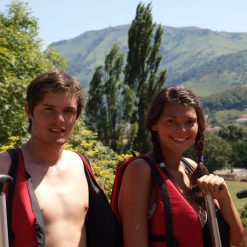 couple rafting au pays basque a bidarray